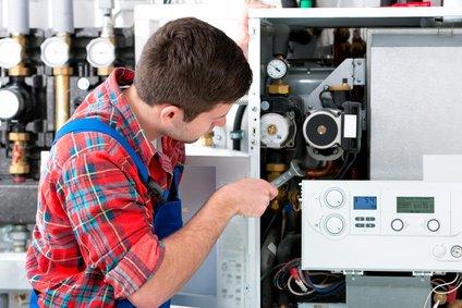 heizungsreparatur durch installateur