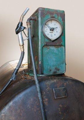 Füllstandsanzeige auf einem Öltank