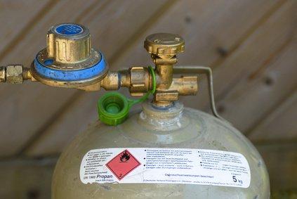 Gasflasche mit Druckregler