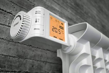 Thermostat zur Regelung des Heizkörpers